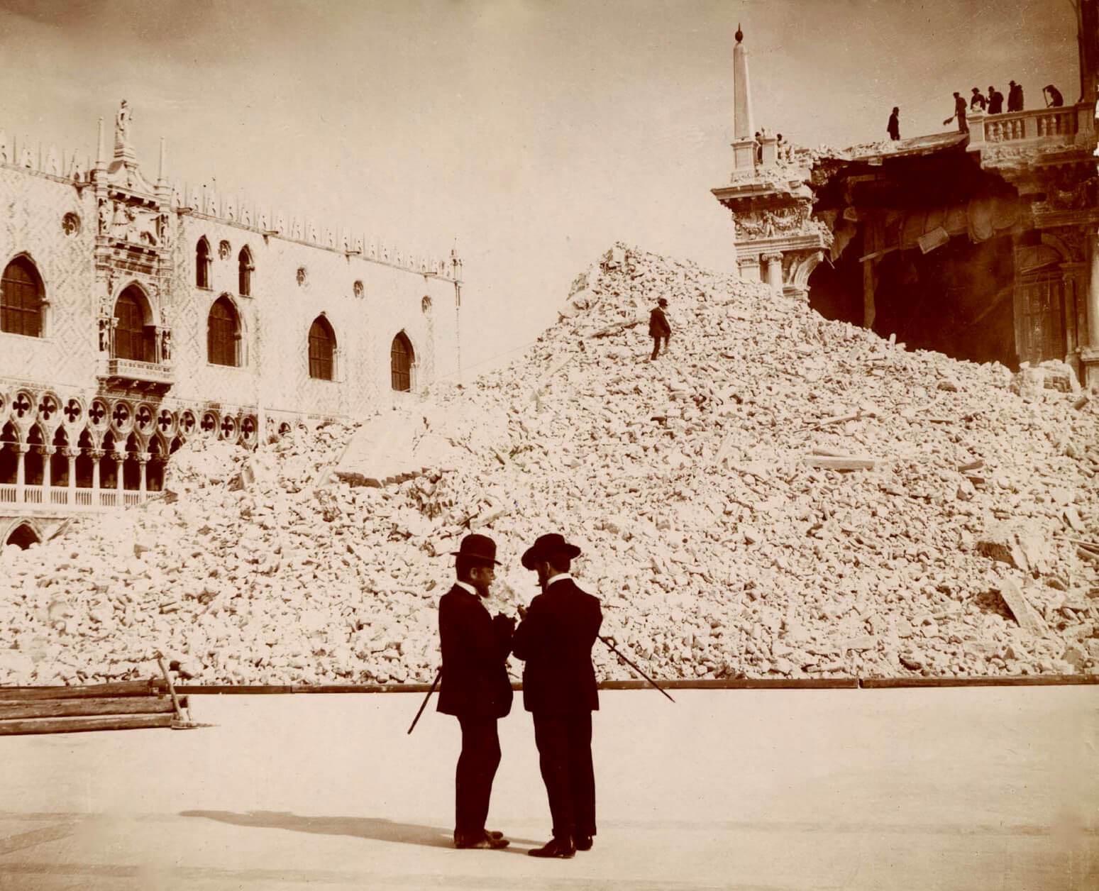 Campanile Einsturz 14 Juli 1902 - Fotograf unbekannt